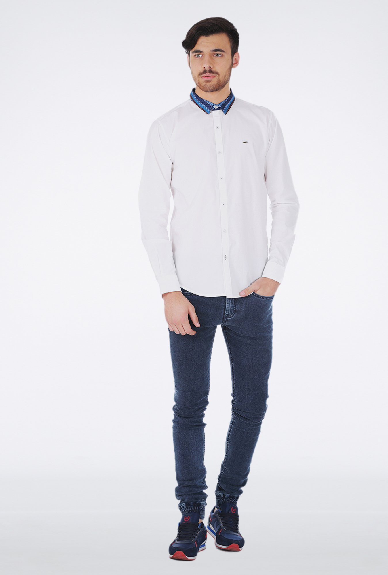 Basics White Slim fit Casual Shirt