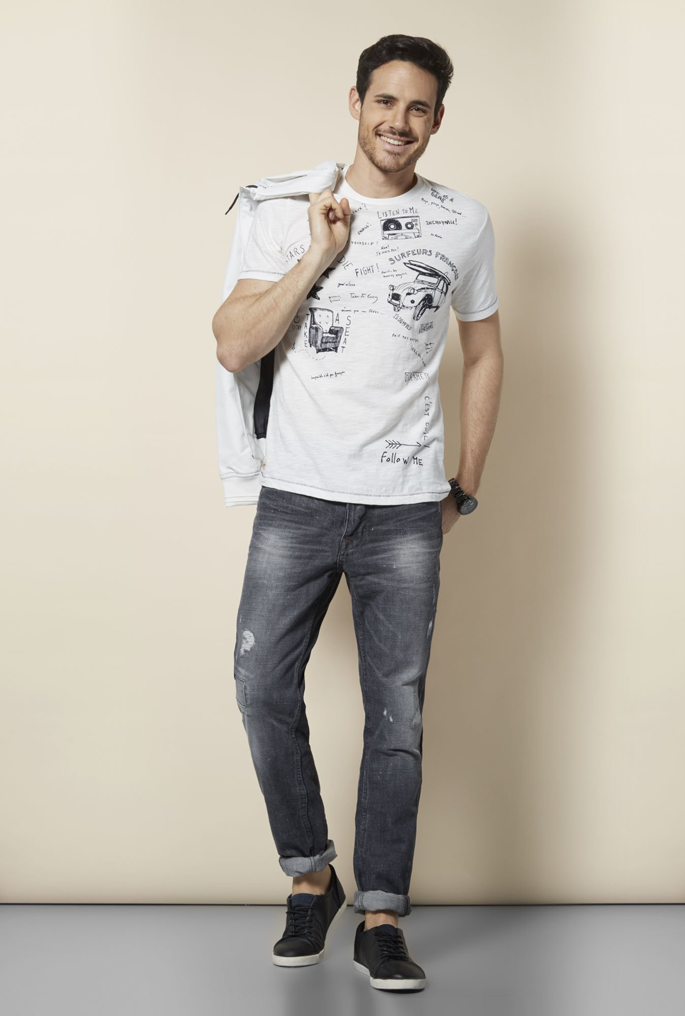 celio* Off White Crew Neck T Shirt