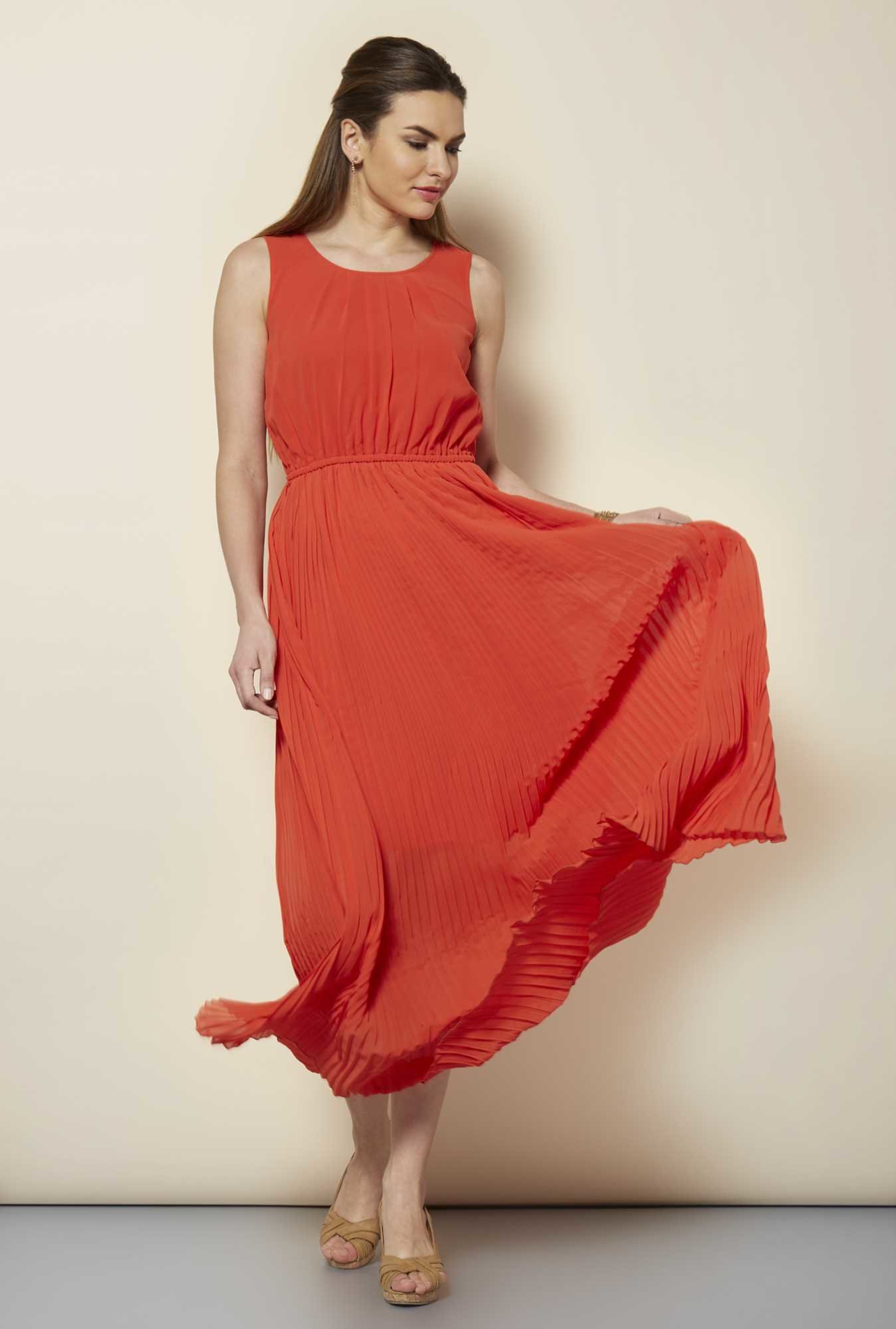 109 F Orange Solid Casual Dress