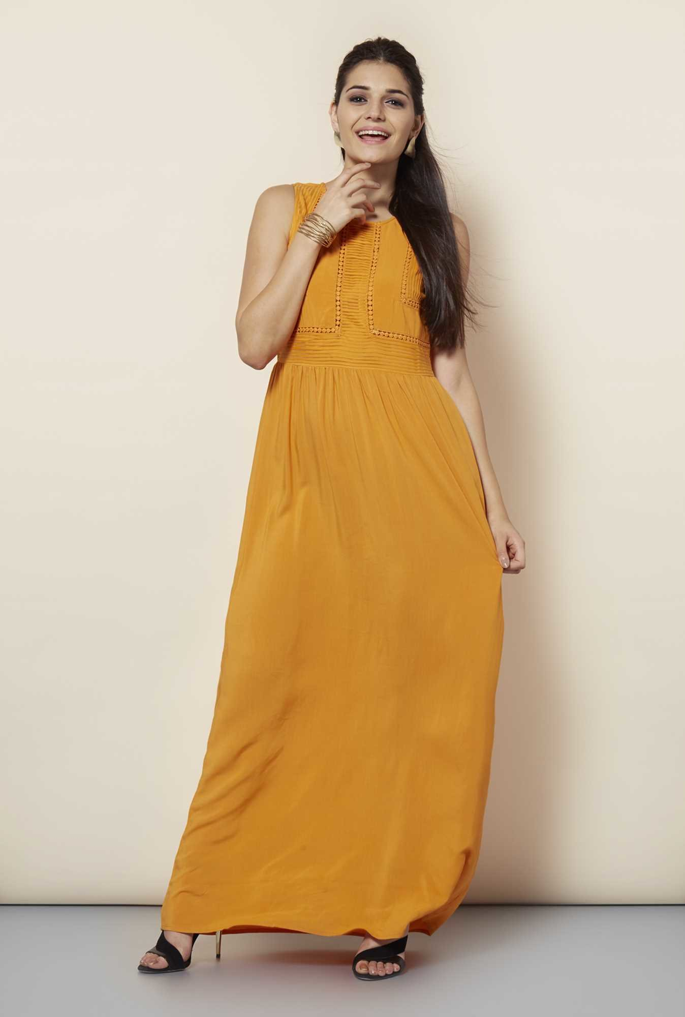 109 F Papaya Solid Casual Dress