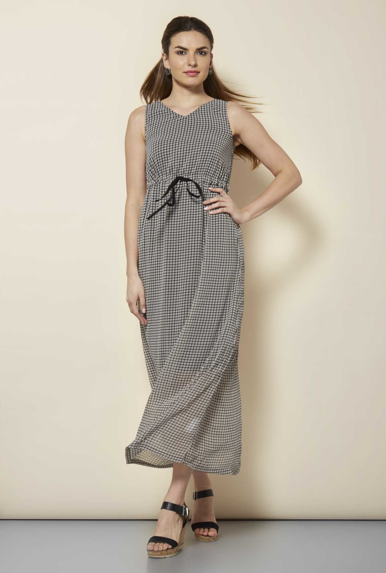 109 F Black Checks Casual Dress