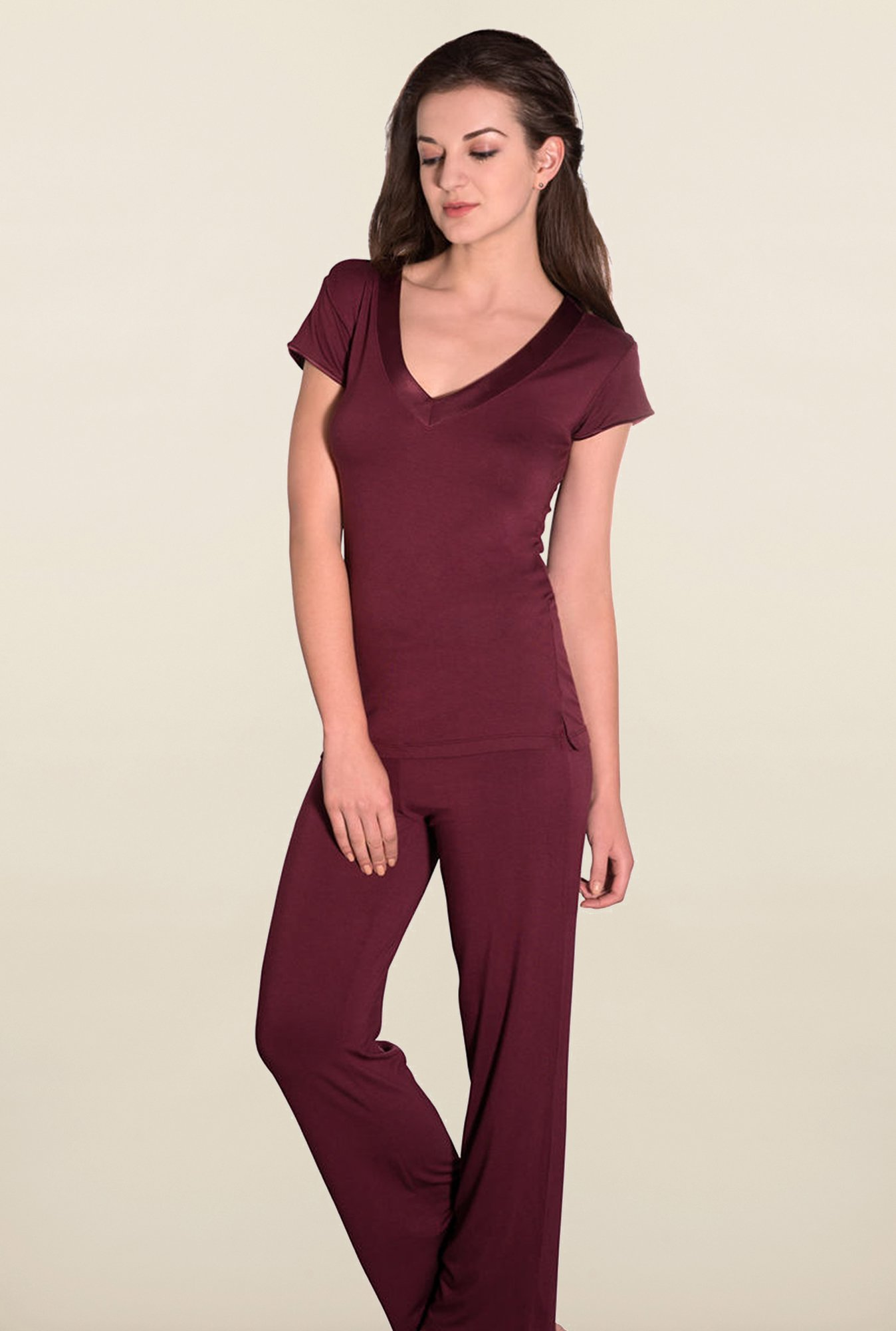 Amante Maroon Solid Sleep Tees