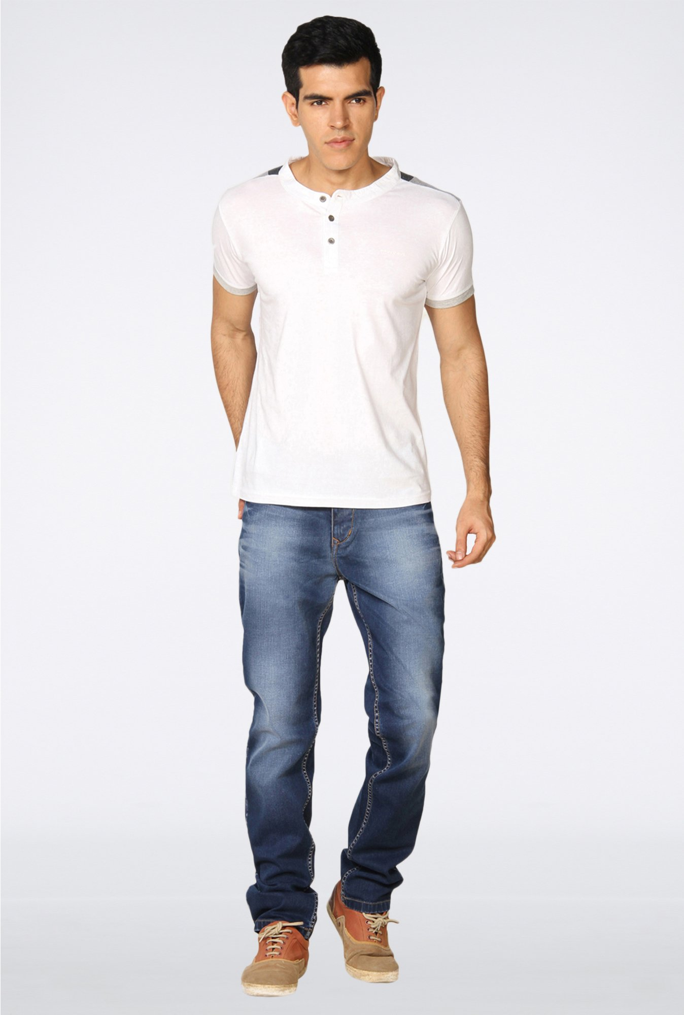 Provogue White Solid T-Shirt