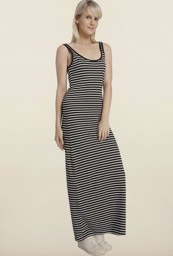 Vero Moda Black Striped Casual Dress