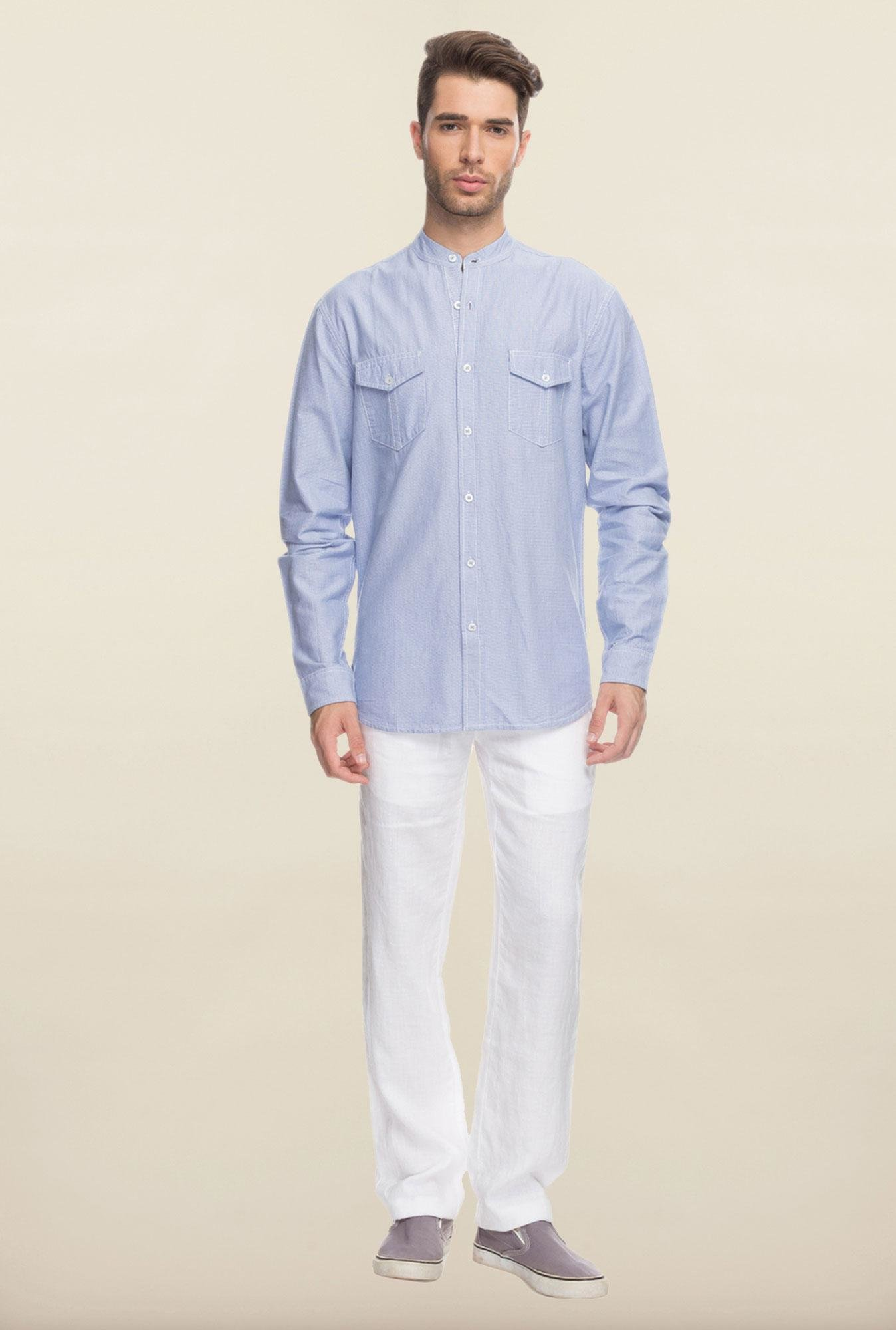 Cottonworld Sky Blue Solid Cotton Casual Shirt
