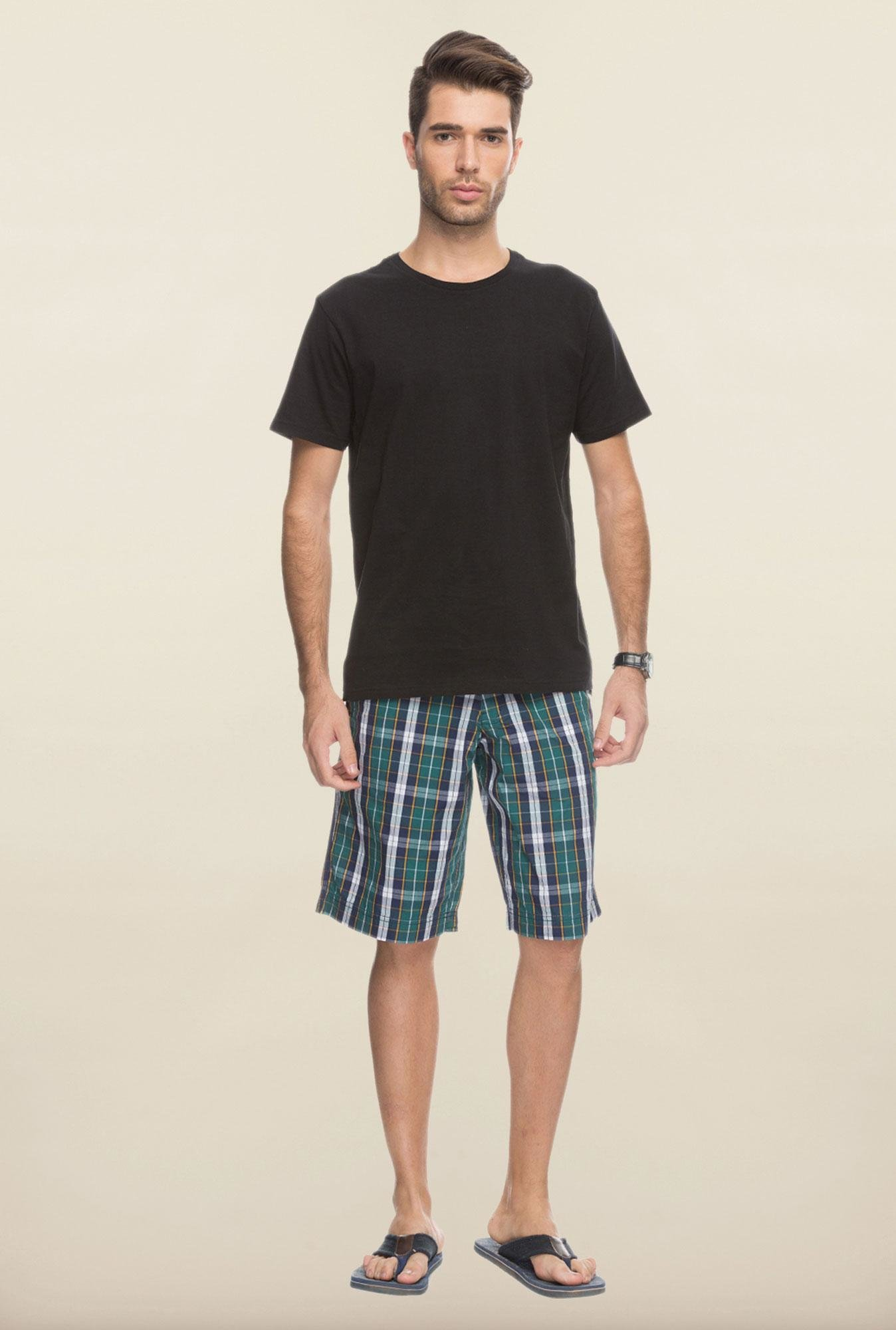 Cottonworld Green Checks Cotton Shorts