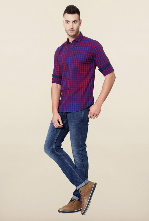 Peter England Blue & Red Checks Cotton Casual Shirt