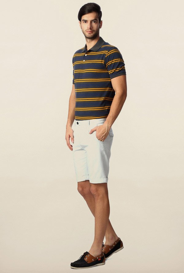 Peter England White Solid Cotton Shorts