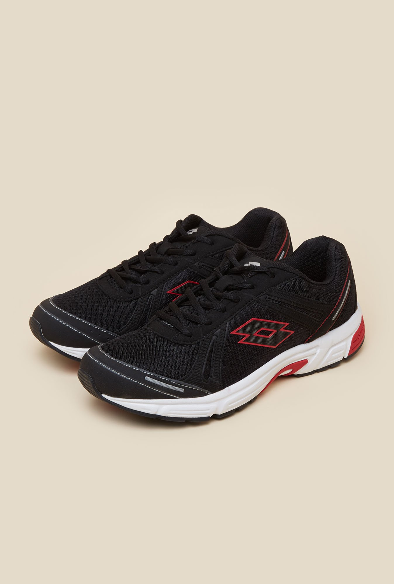 Lotto Venture II Black Running Shoes