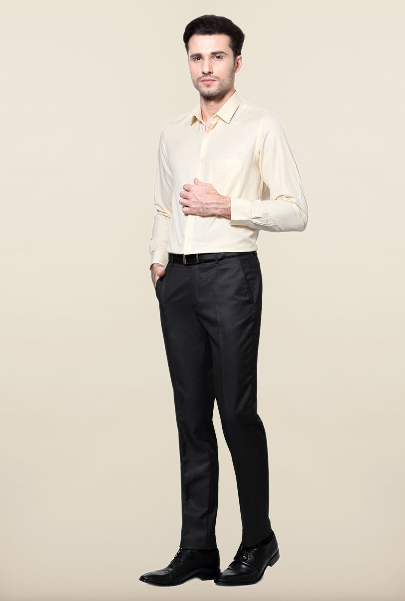 Peter England Cream Solid Cotton Formal Shirt