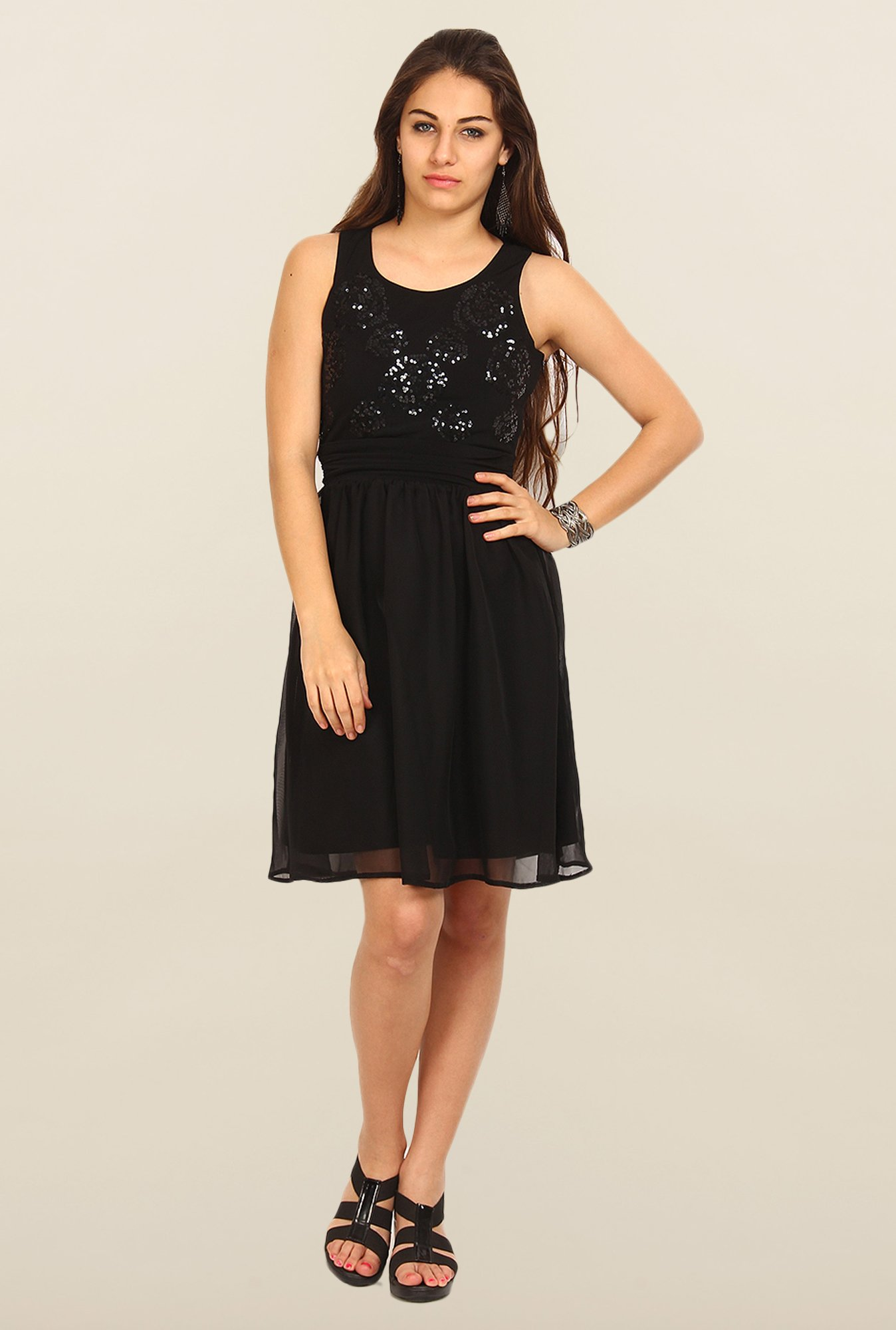 Avirate Black Solid A-Line Dress