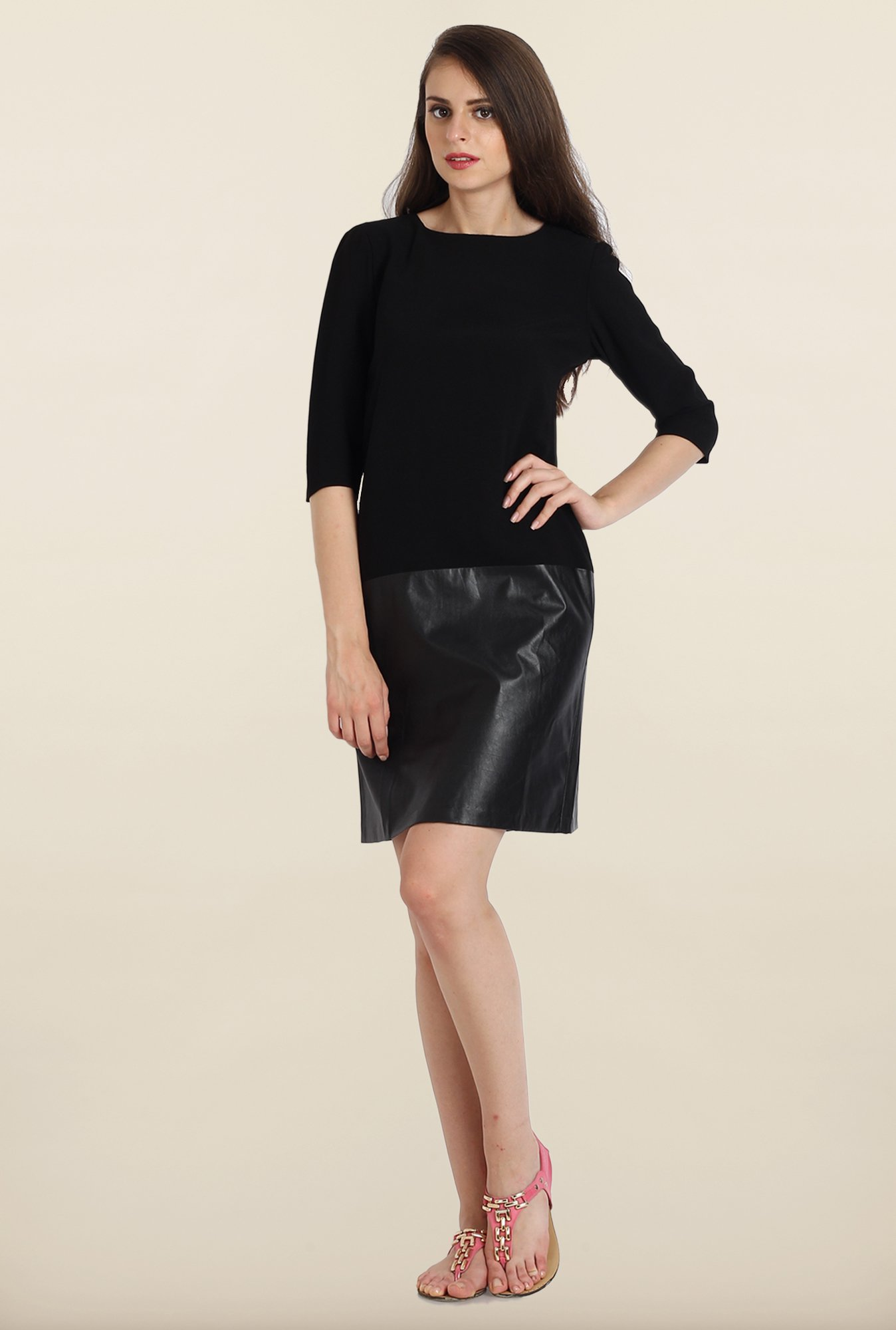 Avirate Black Casual Shift Dress
