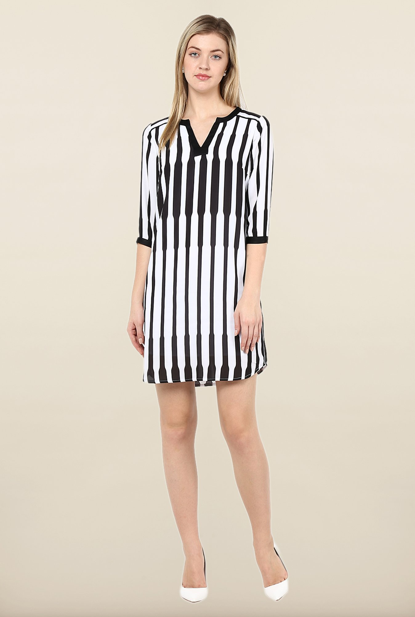 Avirate White & Black Printed Tunic Dress