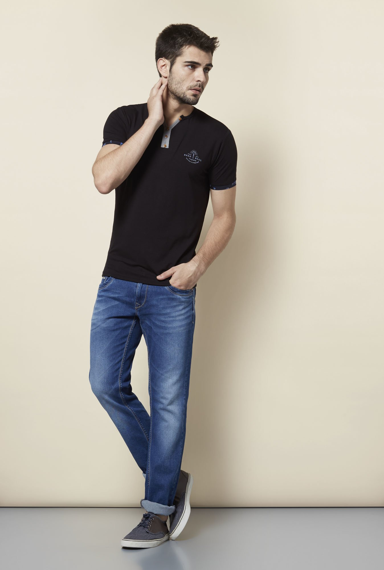 Lawman Black Slim Fit T shirt