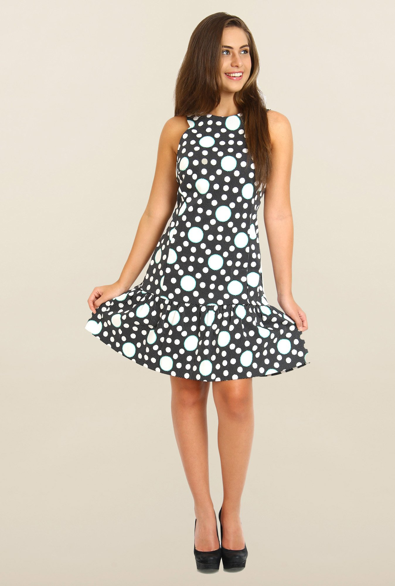 Avirate Black And White Printed Shift Dress