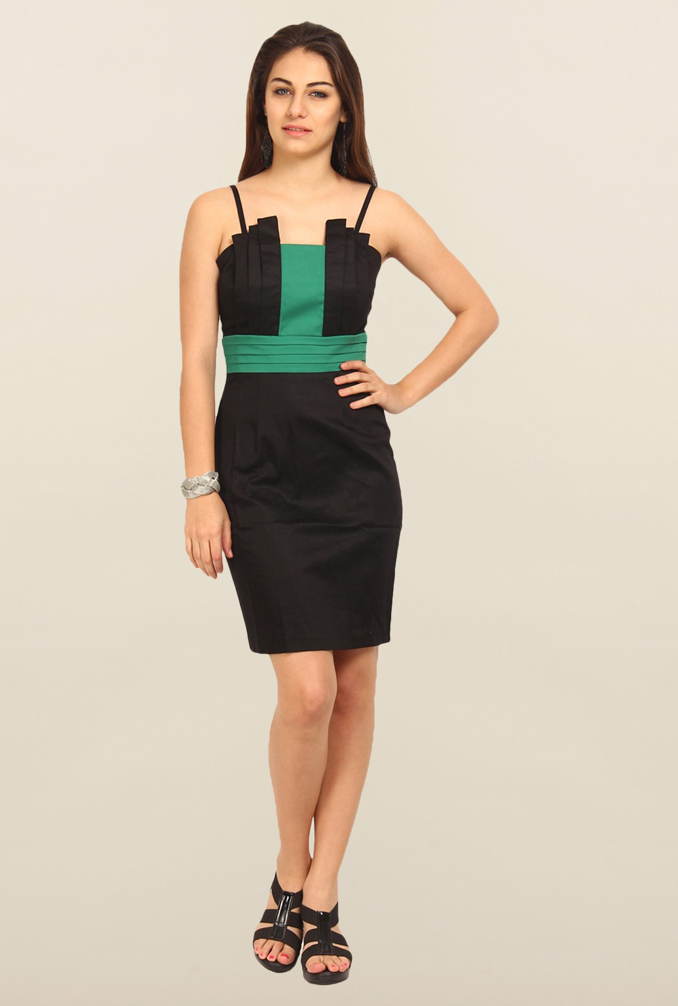 Avirate Black Solid Shoulder Straps A-Line Dress
