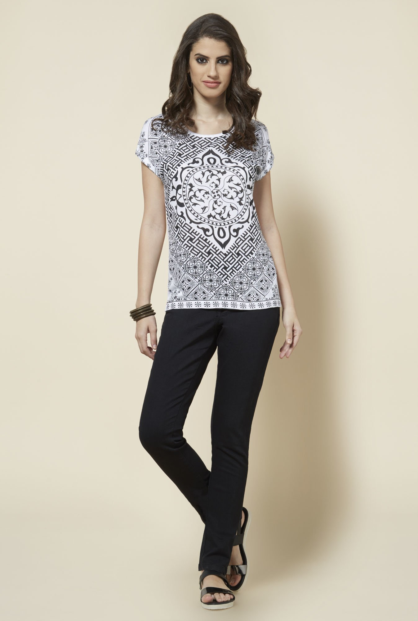 Zudio Black Printed Slim Fit Top