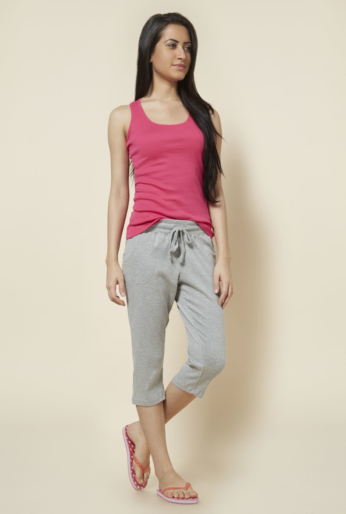 Zudio Grey Solid Capris