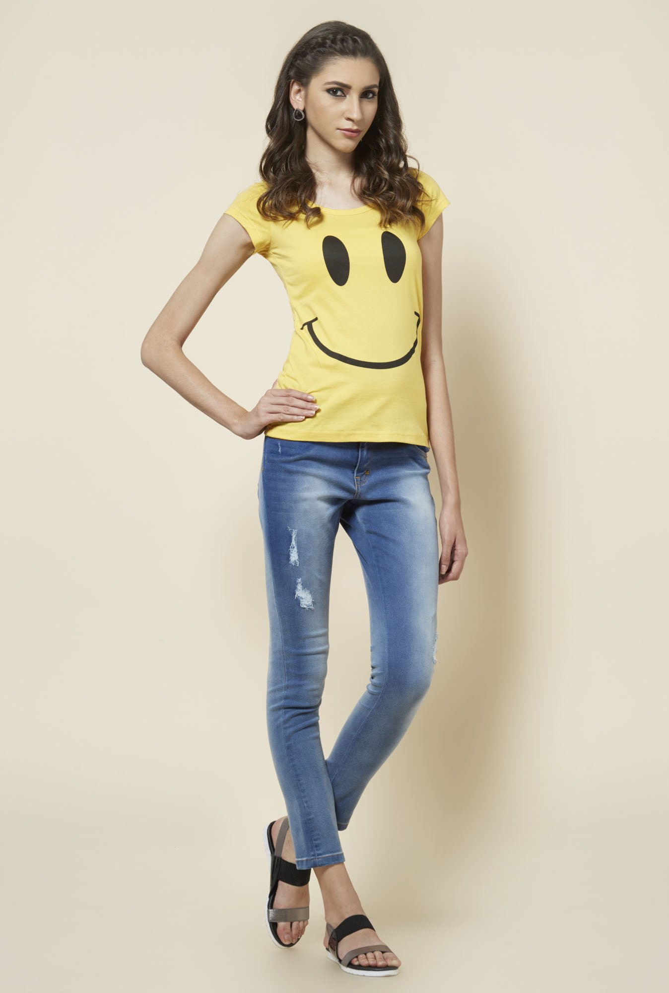 Zudio Yellow Printed Round Neck T Shirt