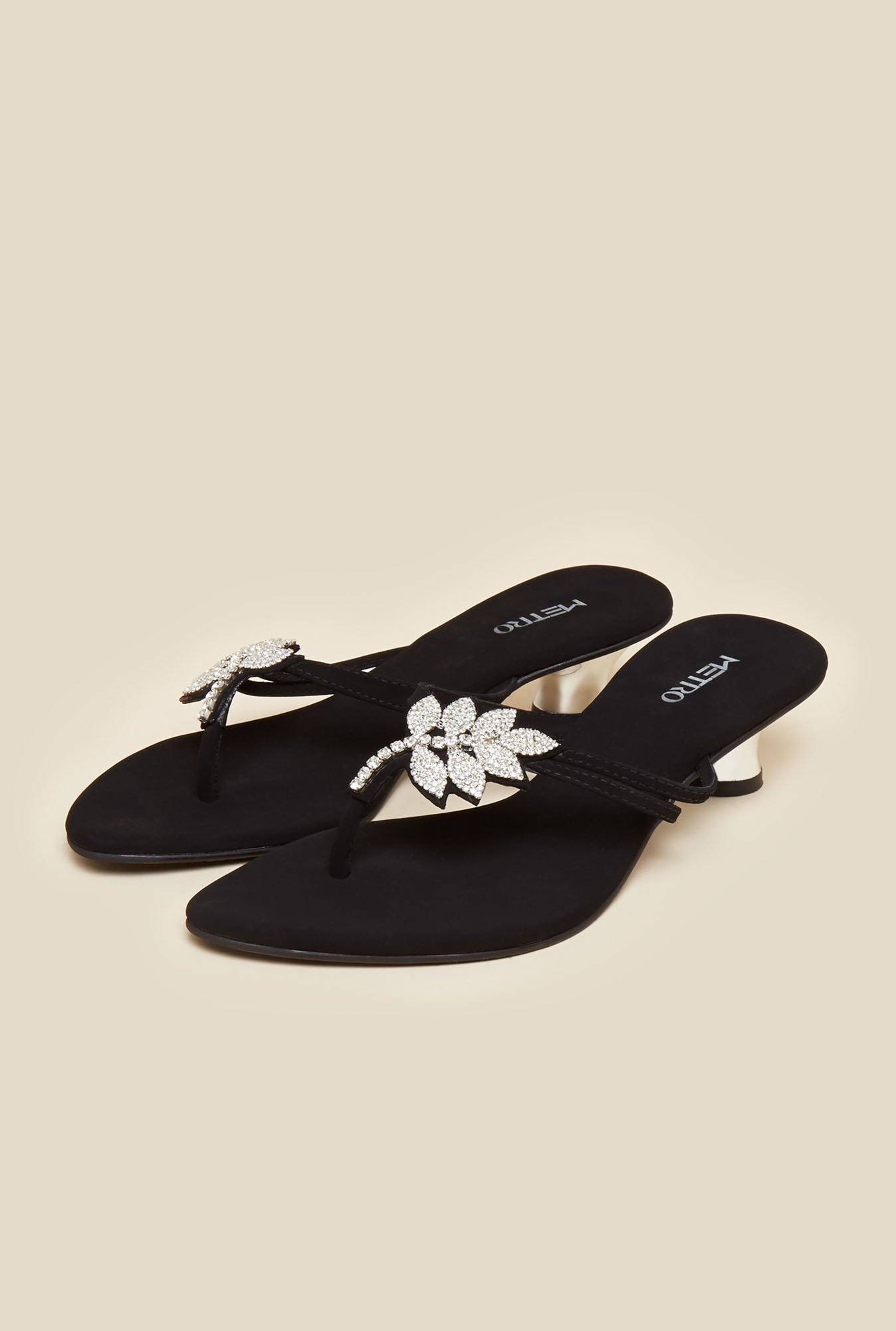 Metro Black Leaf Design Sandals