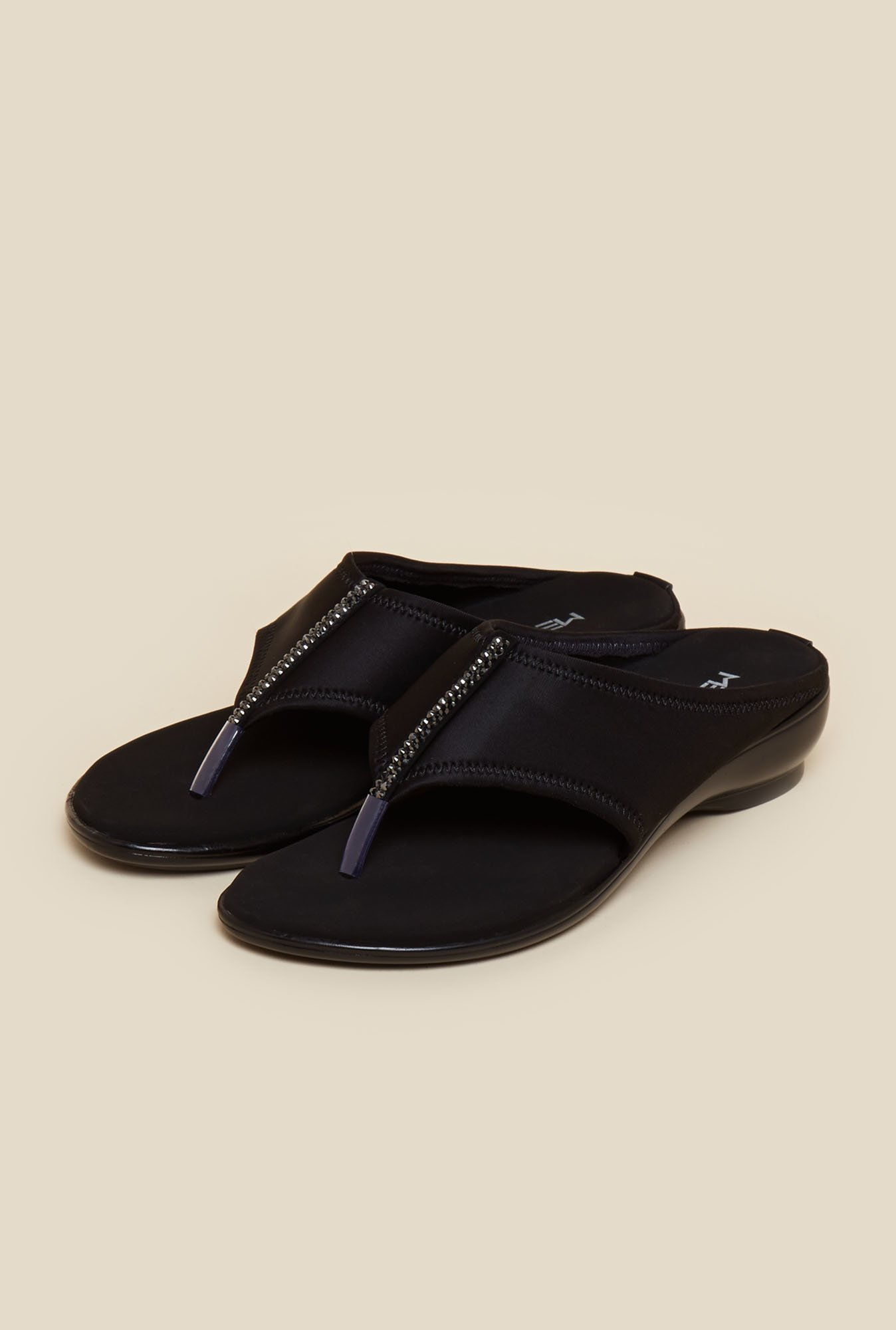 Metro Black Slip-On Sandals