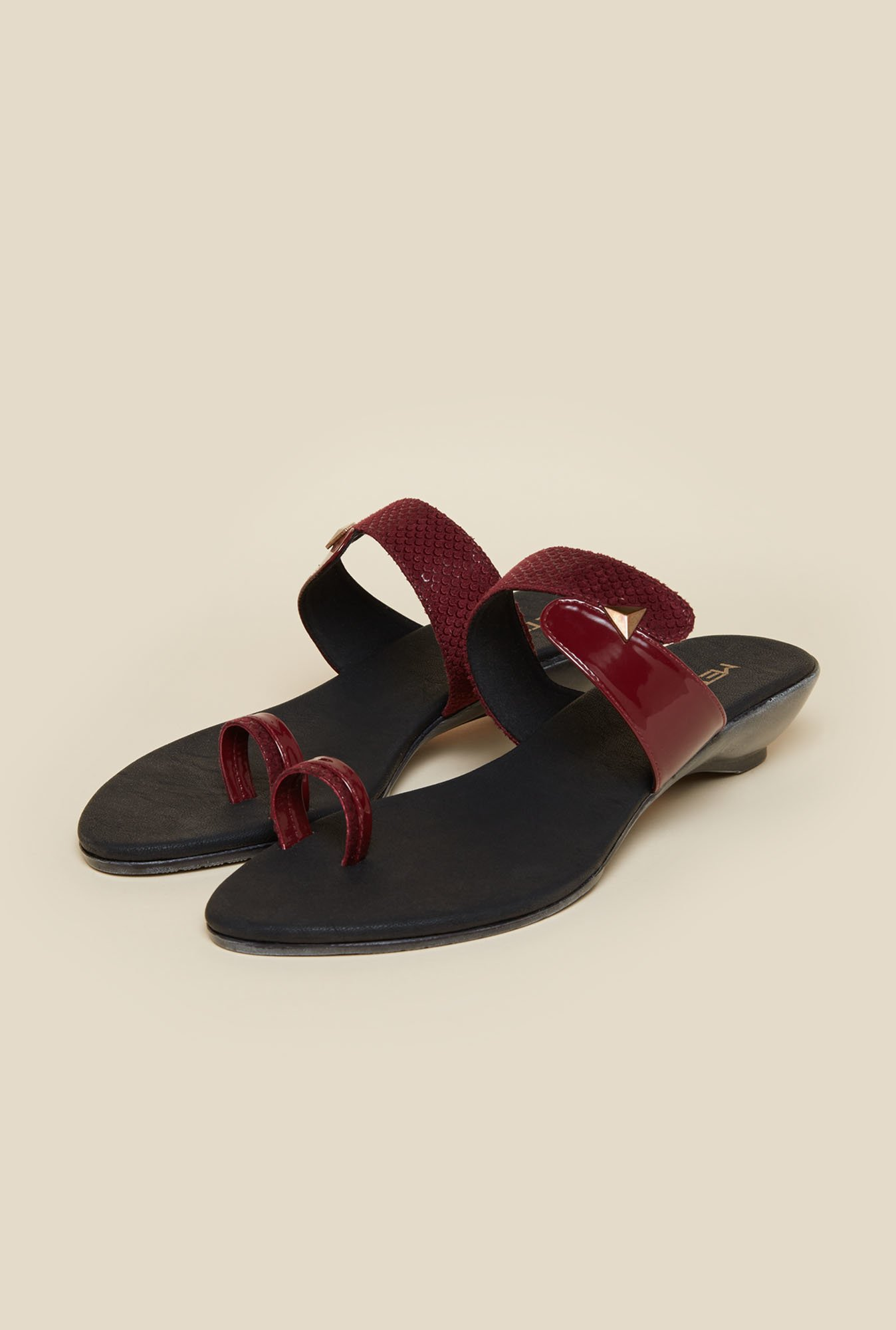 Metro Maroon Toe Ring Flat Sandals