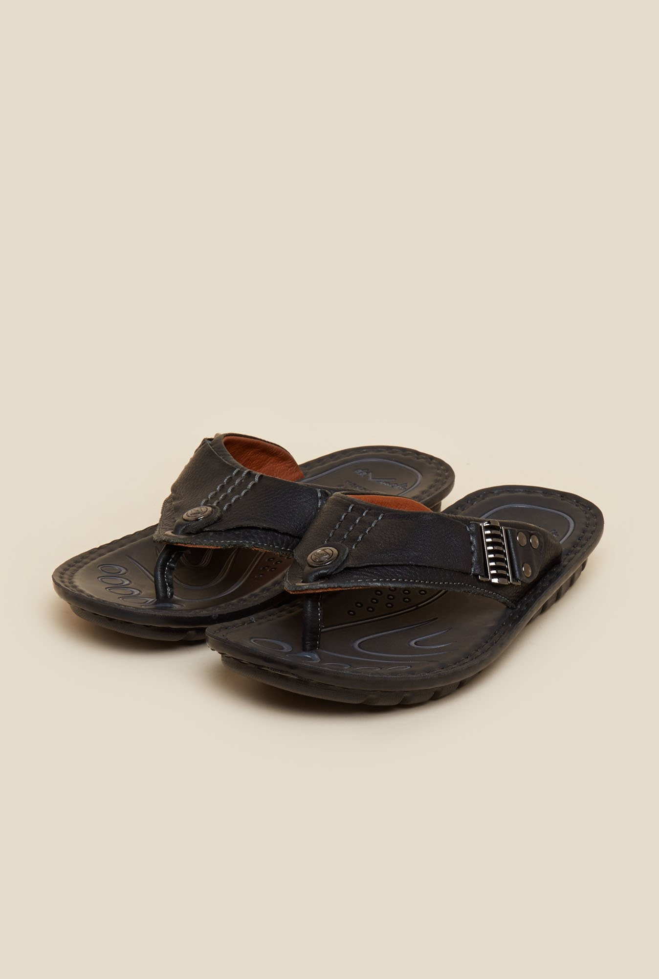 Da Vinchi by Metro Black Casual Sandals