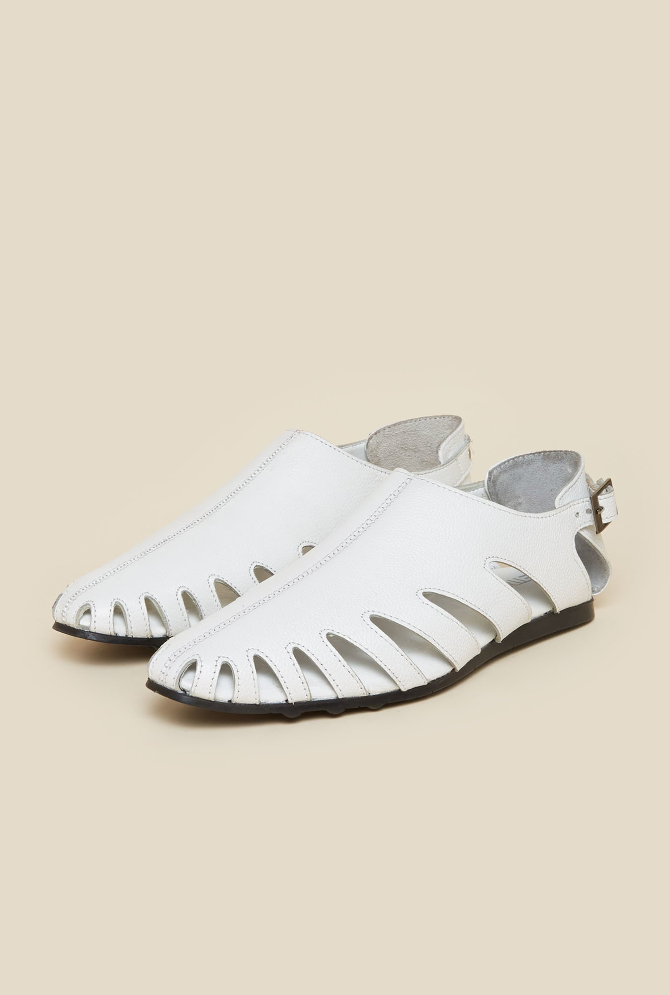 Metro White Leather Fisherman Sandals