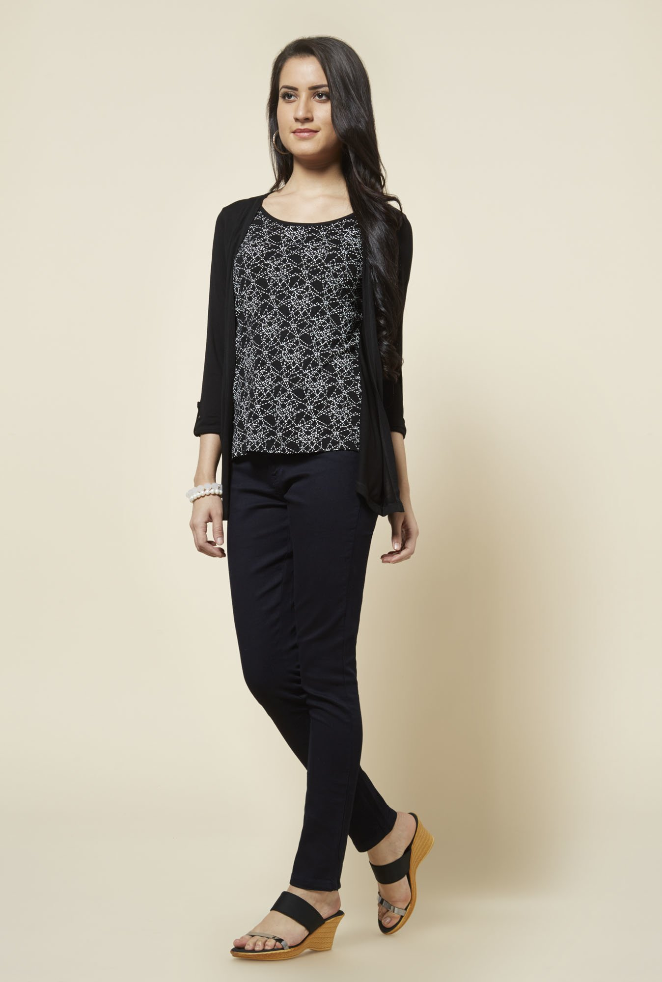 Zudio Black Bonie Printed Top