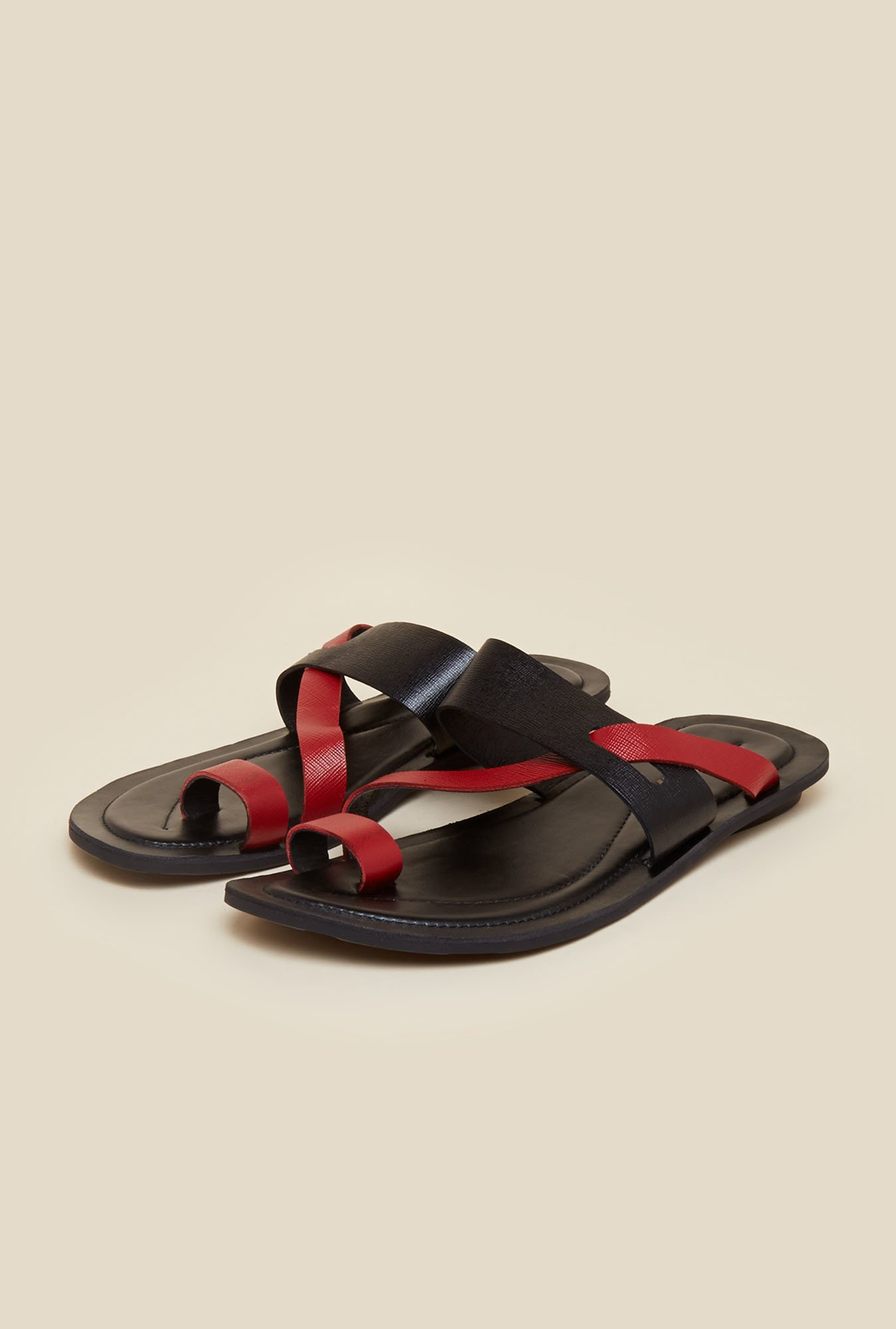 Mochi Black Leather Casual Sandals