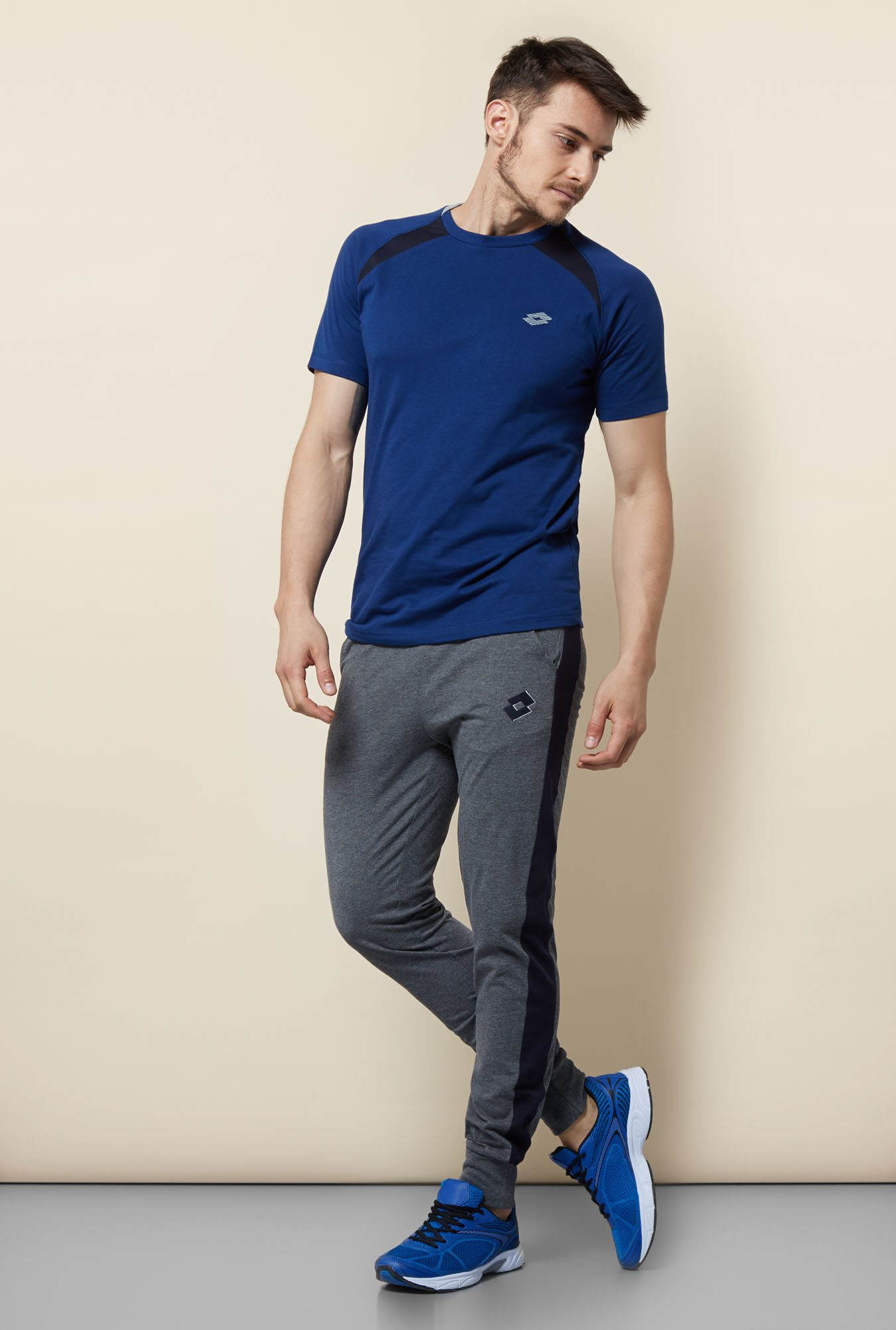 Lotto Dark Blue Solid Sports T Shirt
