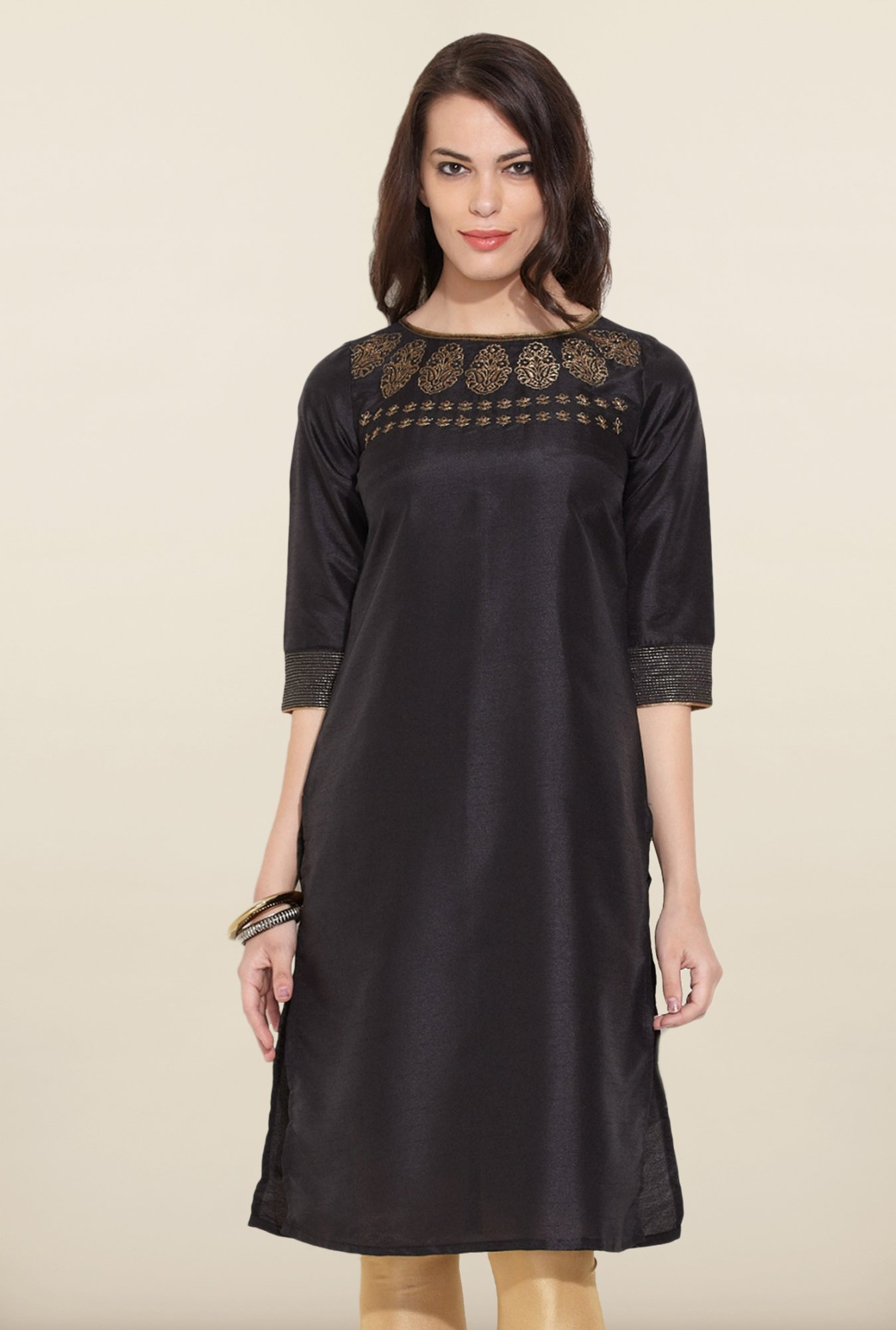 W Black Solid Boat Neck Kurta