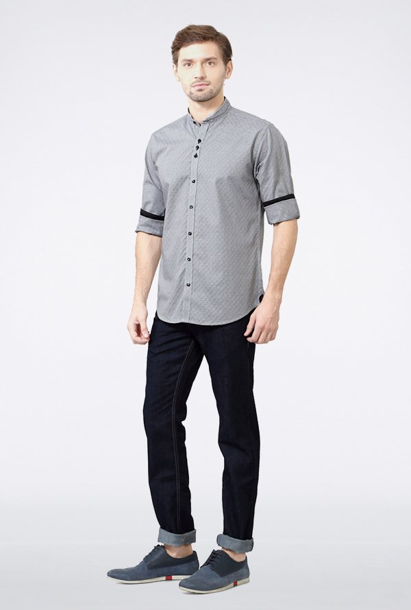 Van Heusen Black Self Printed Casual Shirt