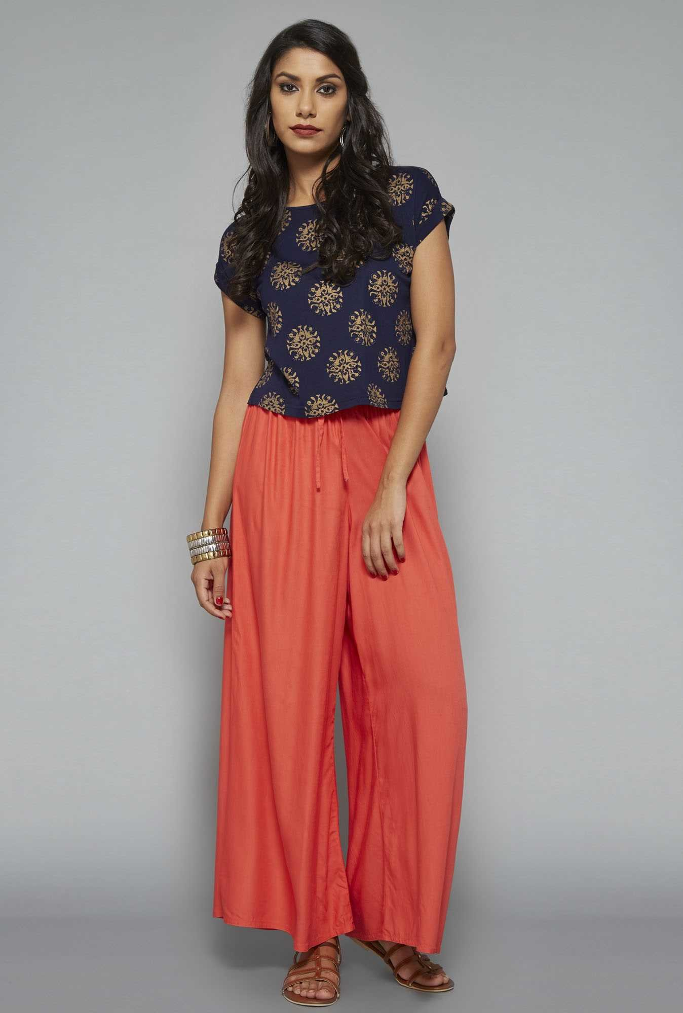Bombay Paisley Navy Printed Regular Fit Top