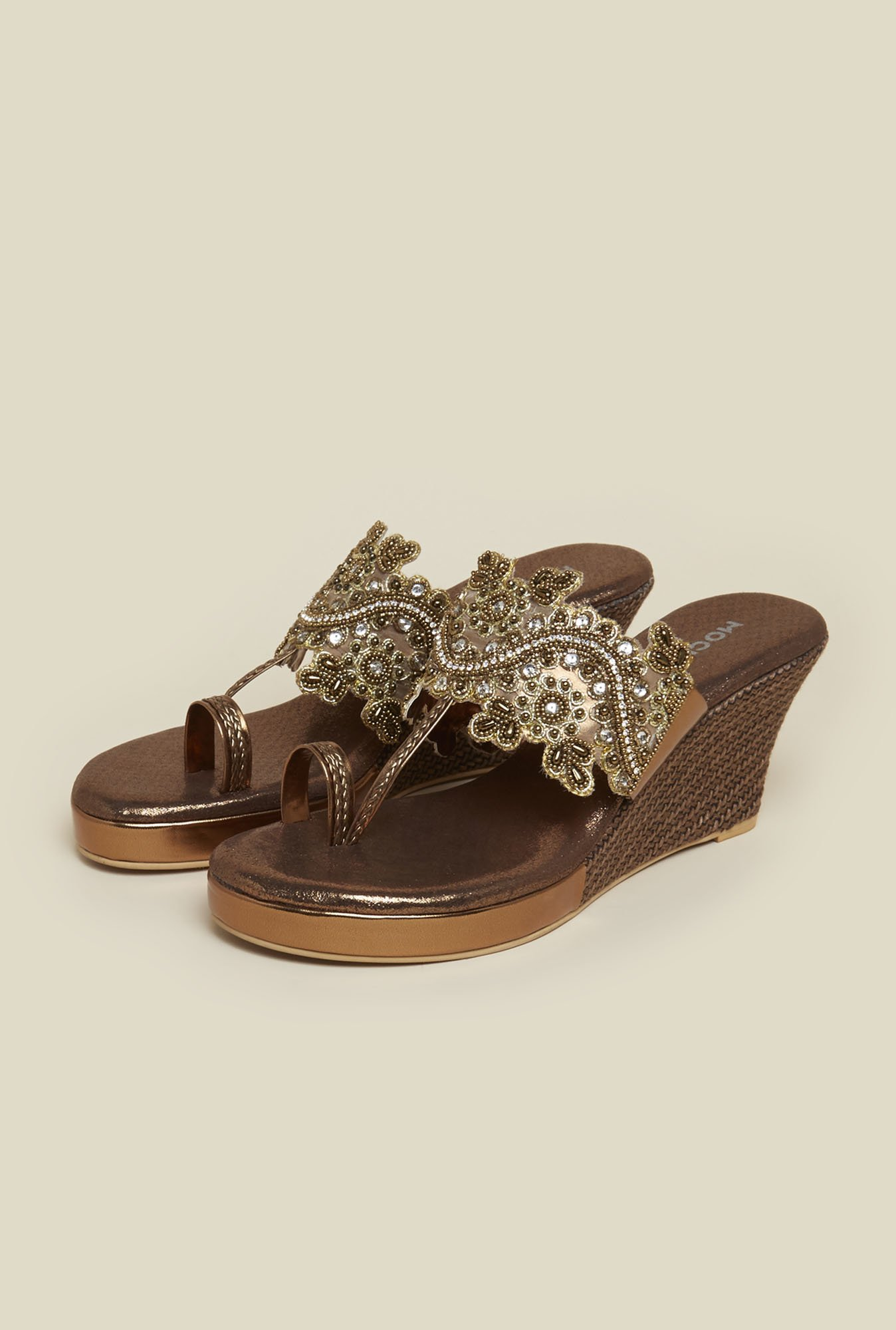 Mochi Antique Gold Toe Ring Sandals
