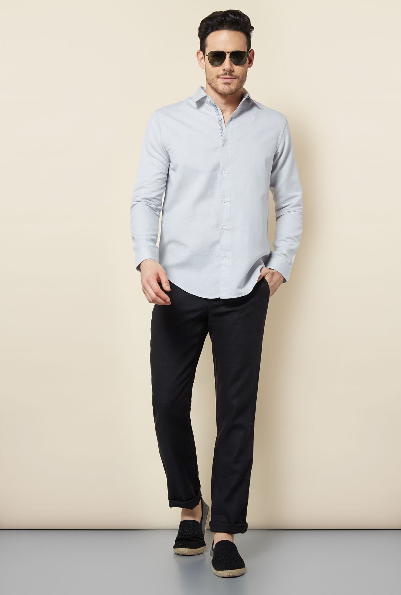 Cottonworld Grey Solid Casual Shirt