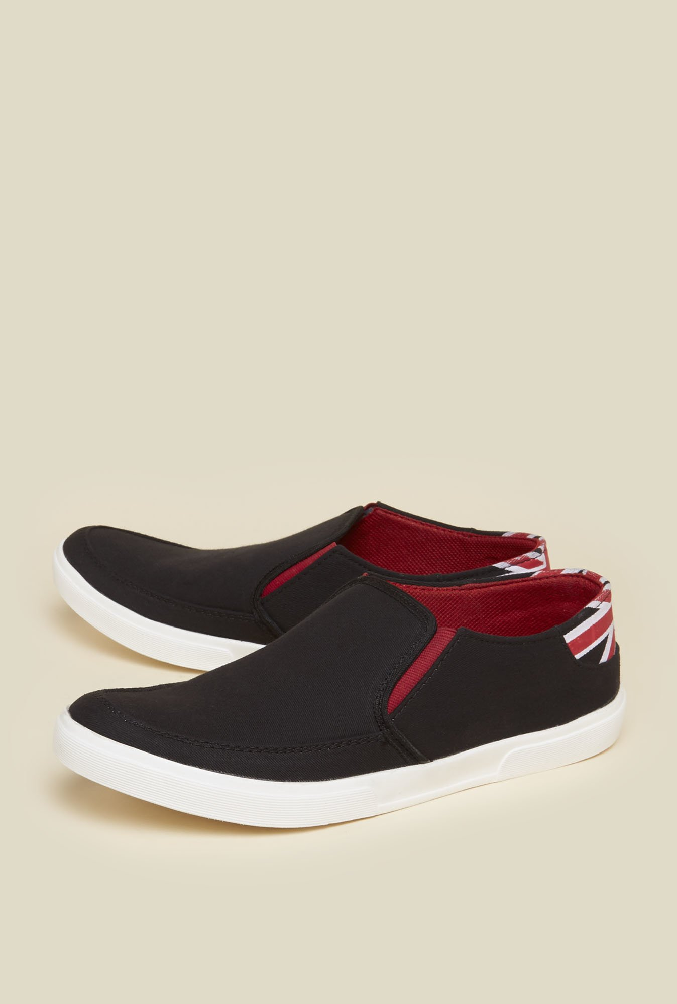 Zudio Black Slip On Shoes