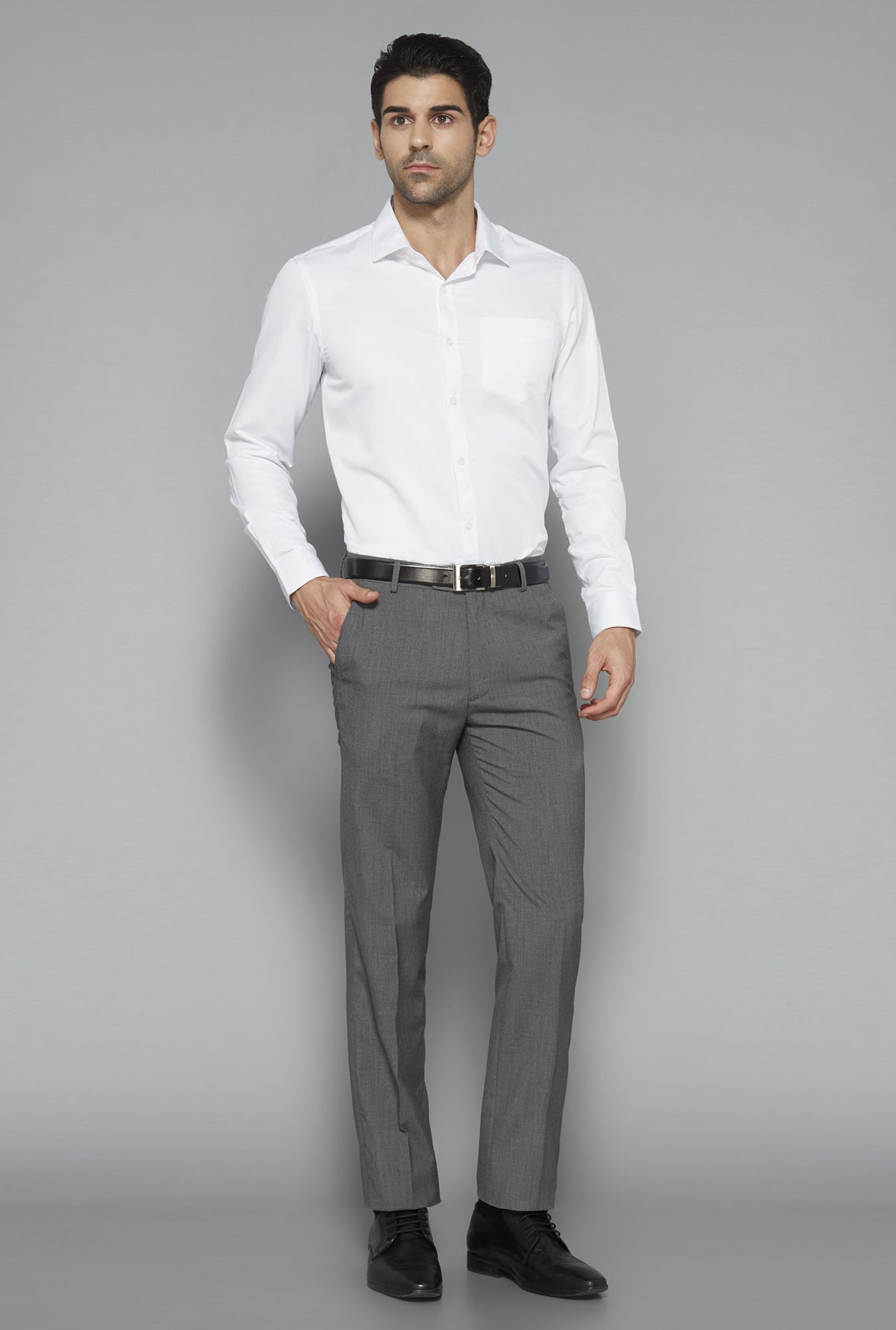 Weststreet White Solid Slim Fit Shirt