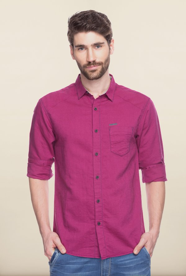 Spykar Wine Solid Casual Shirt