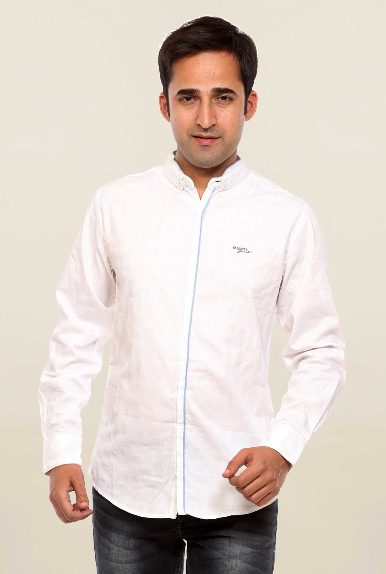 Mufti White Solid Slim Fit Shirt