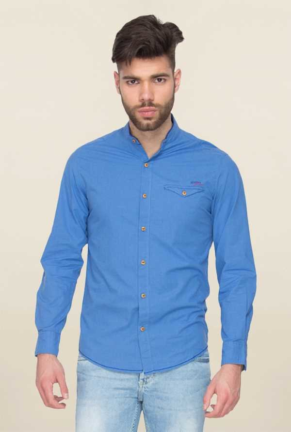 Mufti Blue Solid Slim Fit Shirt
