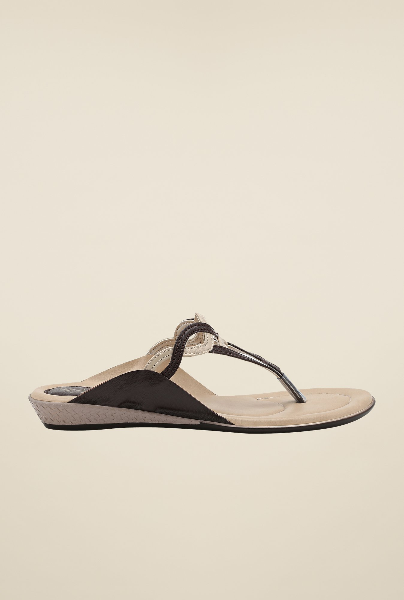 La Briza Brown Flat Thong Sandals