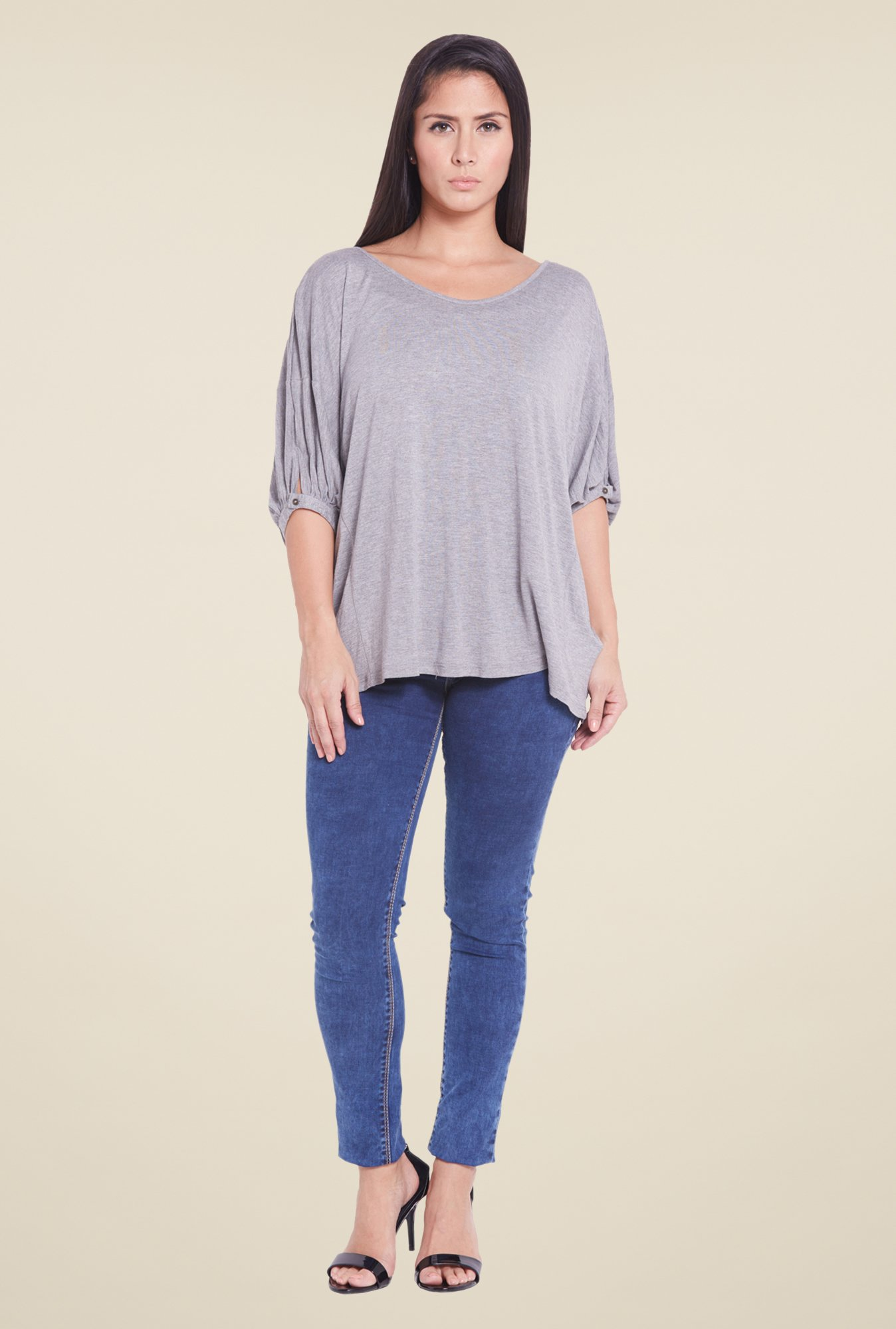 Globus Grey Round Neck Solid Top