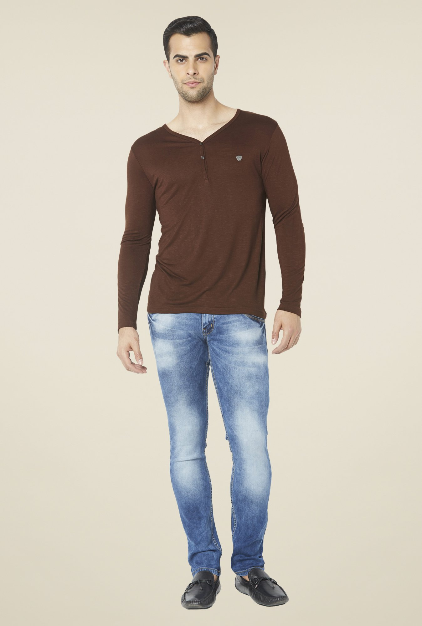 Globus Brown Solid T Shirt