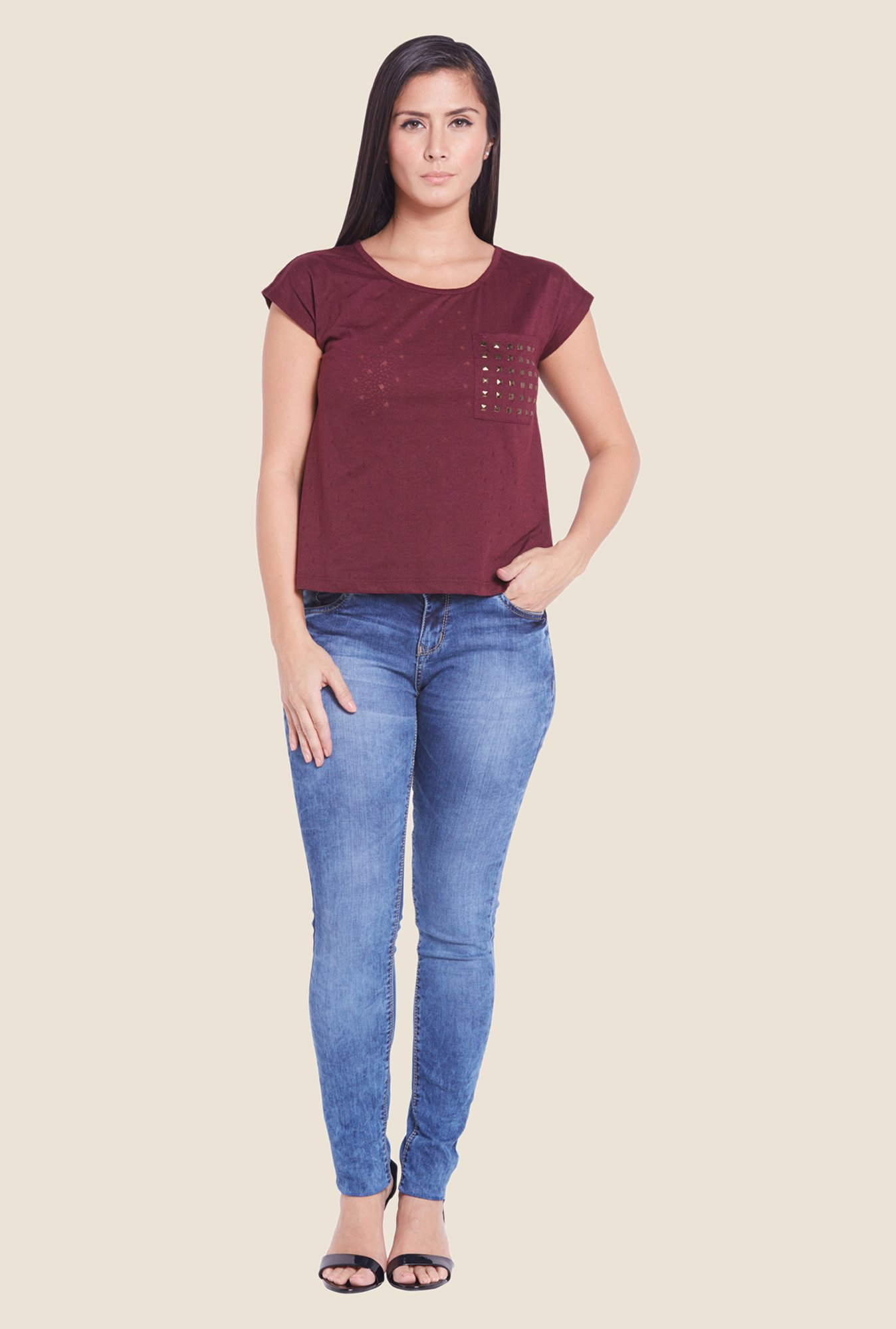 Globus Burgundy Solid Studded Top