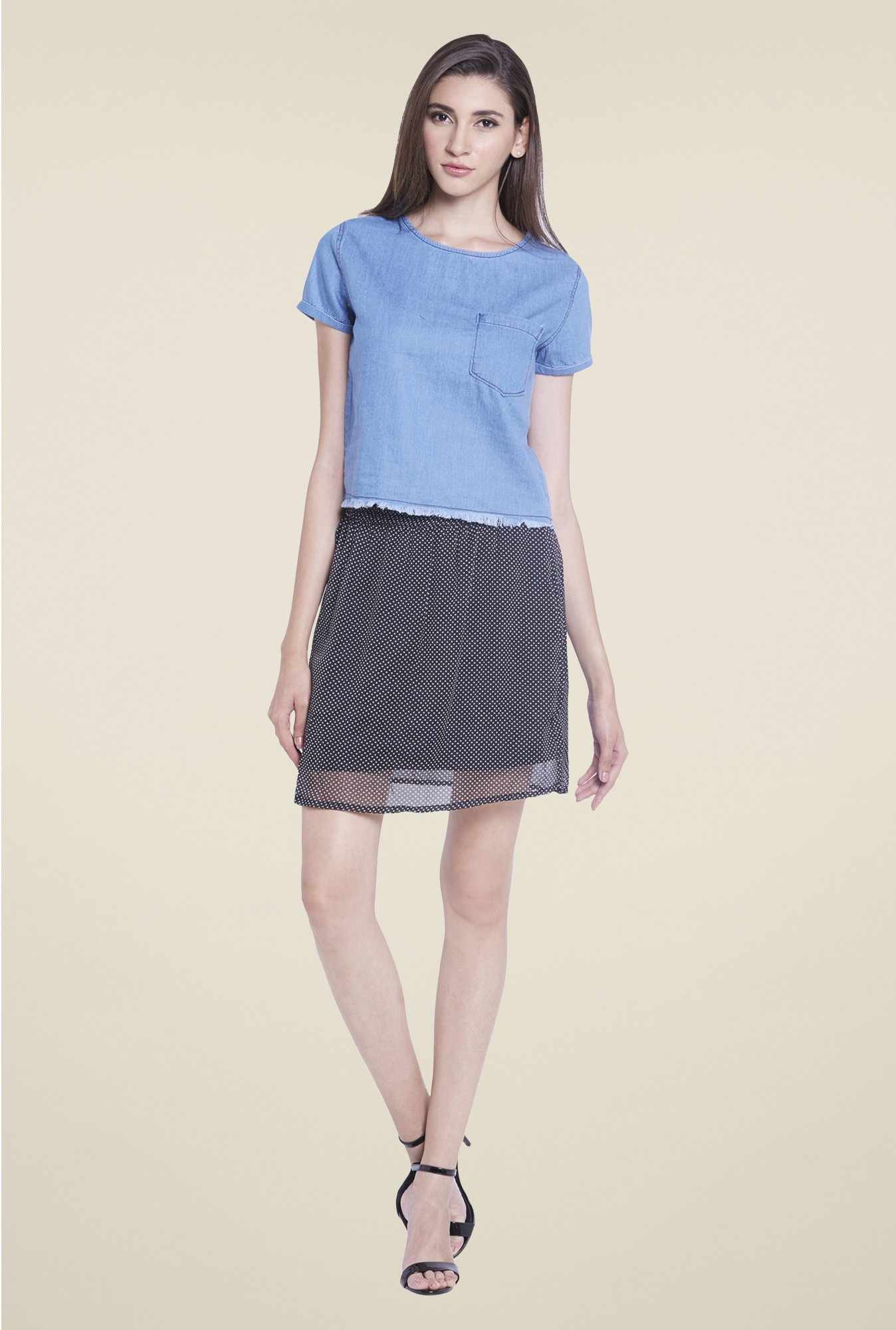 Globus Blue Solid Short Sleeve Top