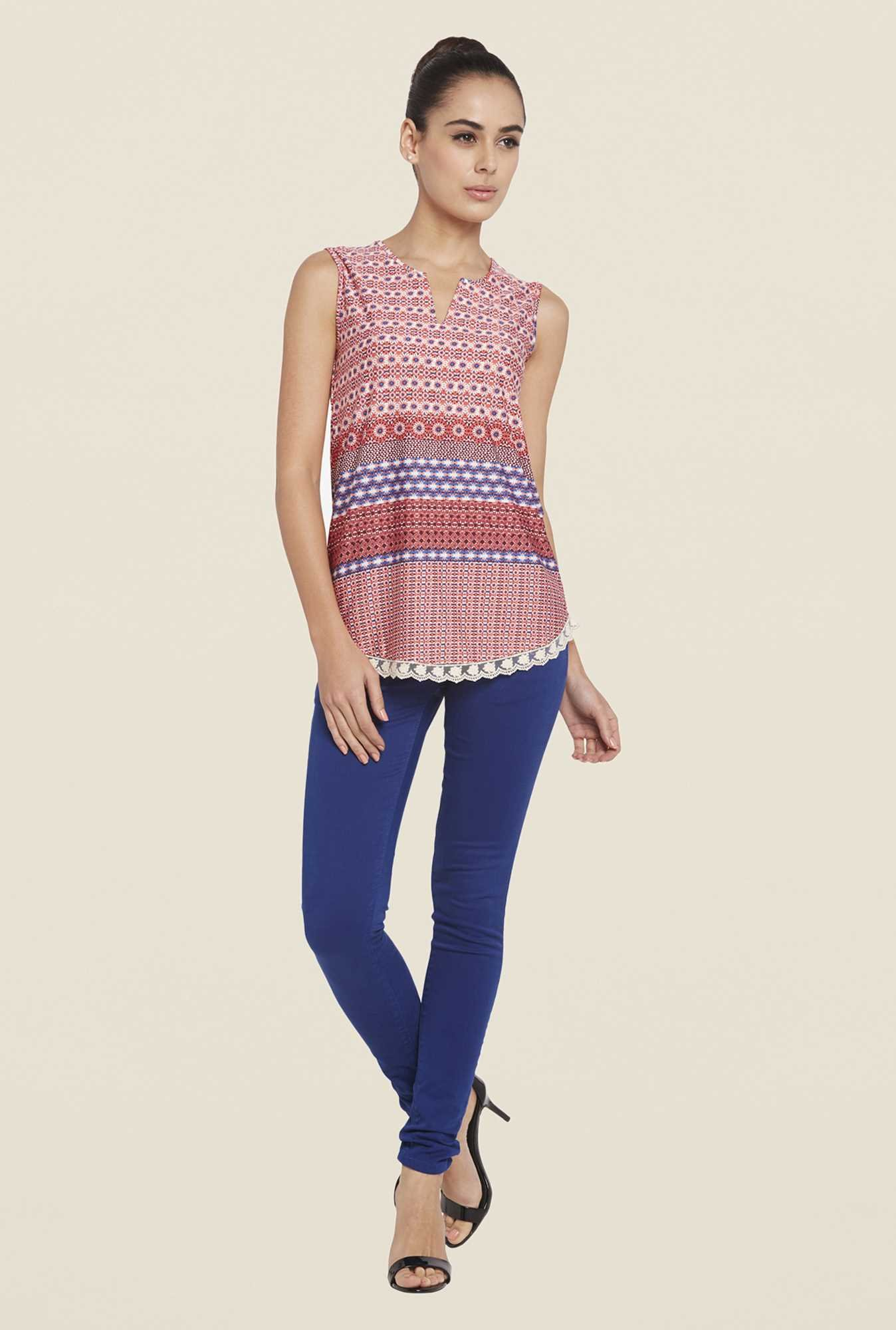 Globus Multicolor Printed Round Neck Top