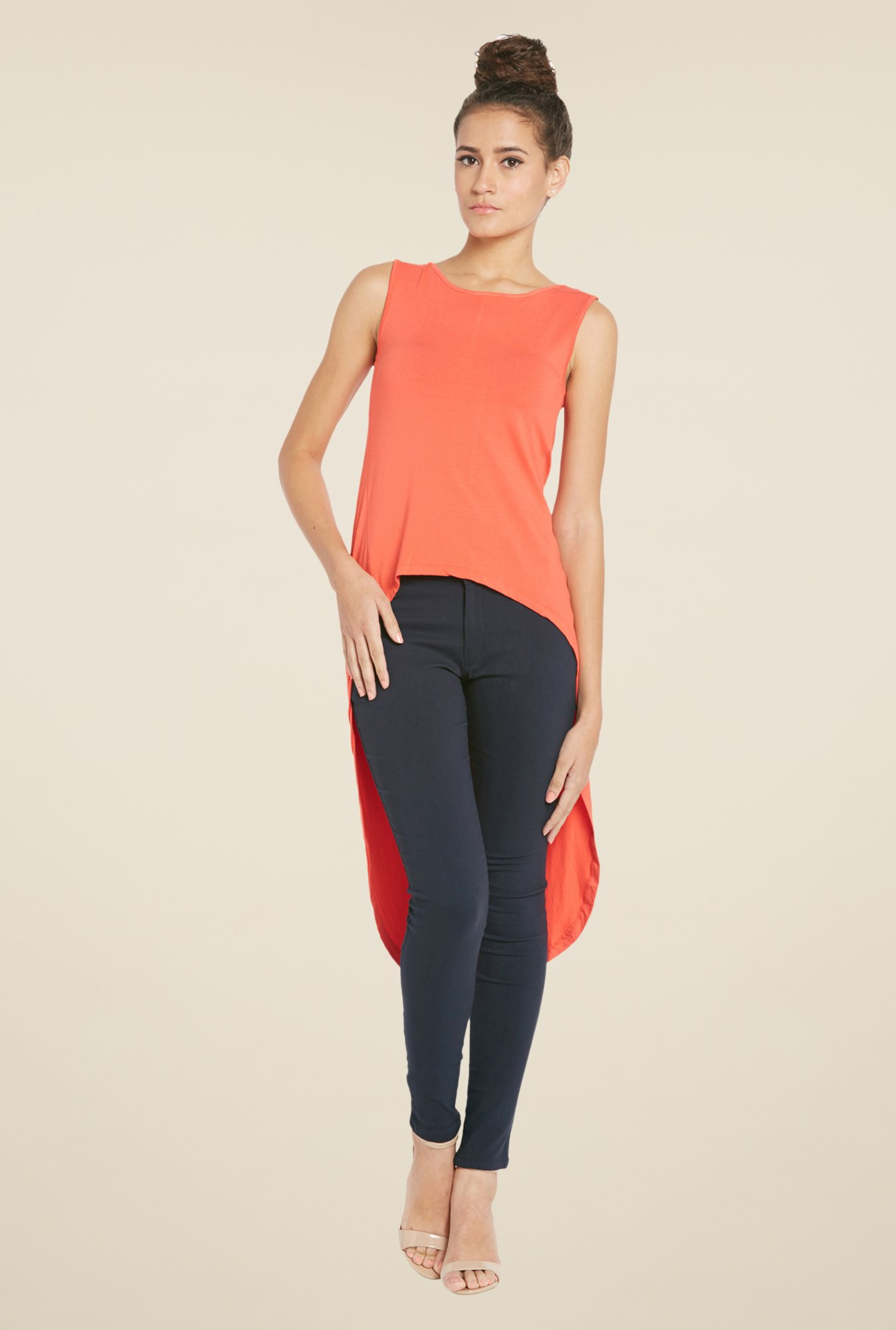 Globus Coral Solid Round Neck Top