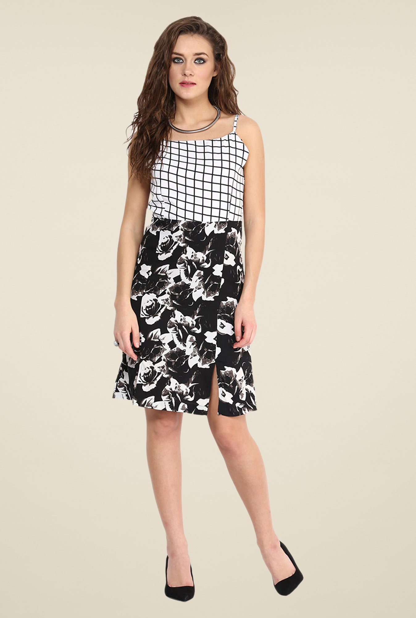Yepme Black & White Flavia Slip Floral Print Dress