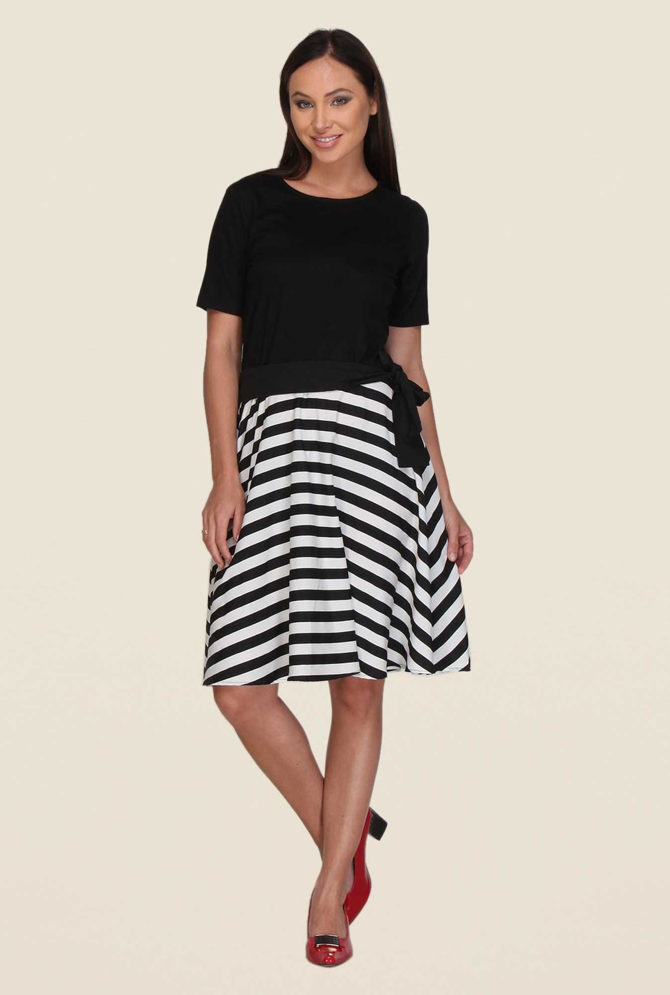 Kaaryah Black & White Printed Dress